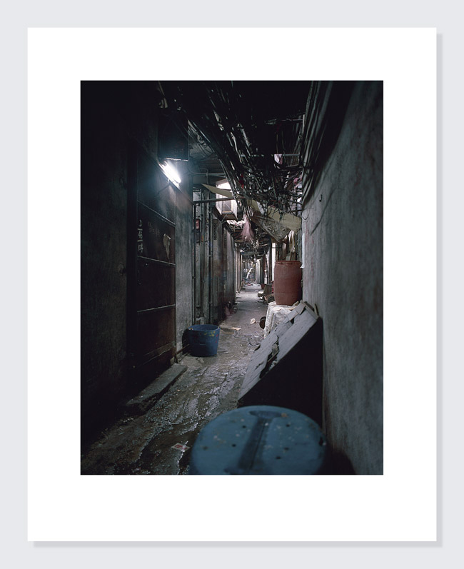 19-Grey-Alley