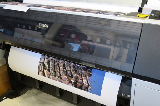 The first print emerges from the machine at Widerhall